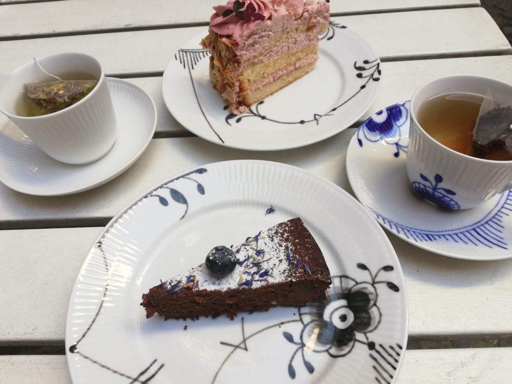 2種のケーキと紅茶